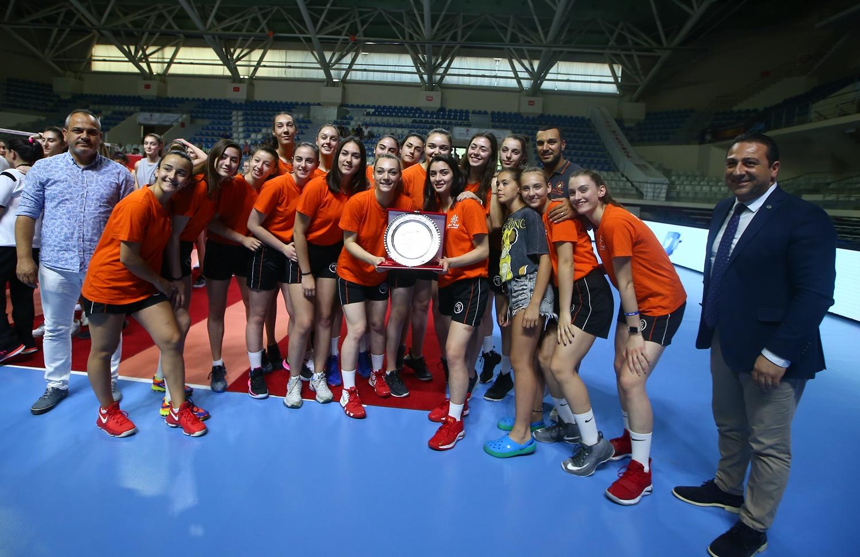 Türkiye Voleybol Federasyonu, Porçöz ile ana sponsorluk